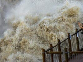 Spectacular Photos of Augrabies Falls in Flood