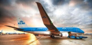 klm resumes flying from south africa to amsterdam