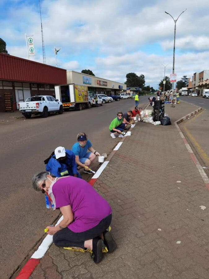 painting the town delmas