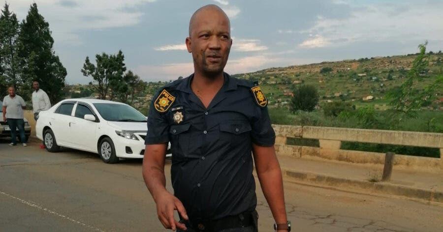 policeman-saves-granny-gogo-Free-State