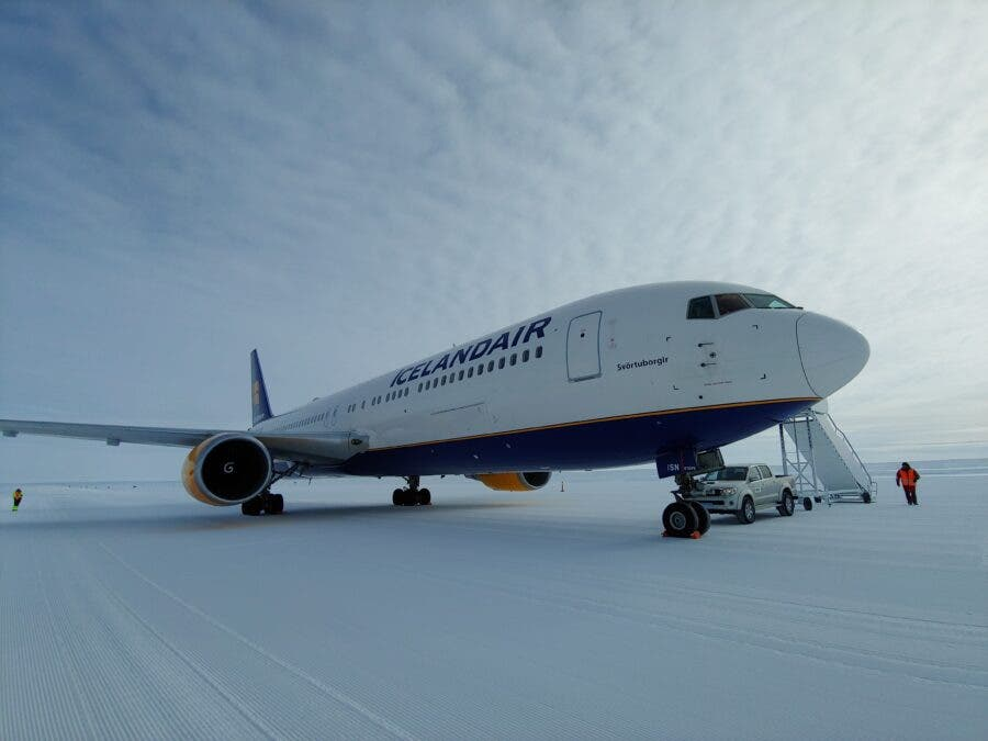 Icelandair Makes Coolest Trip Ever from Cape Town to Antartica Antartica. Photo: Icelandair website