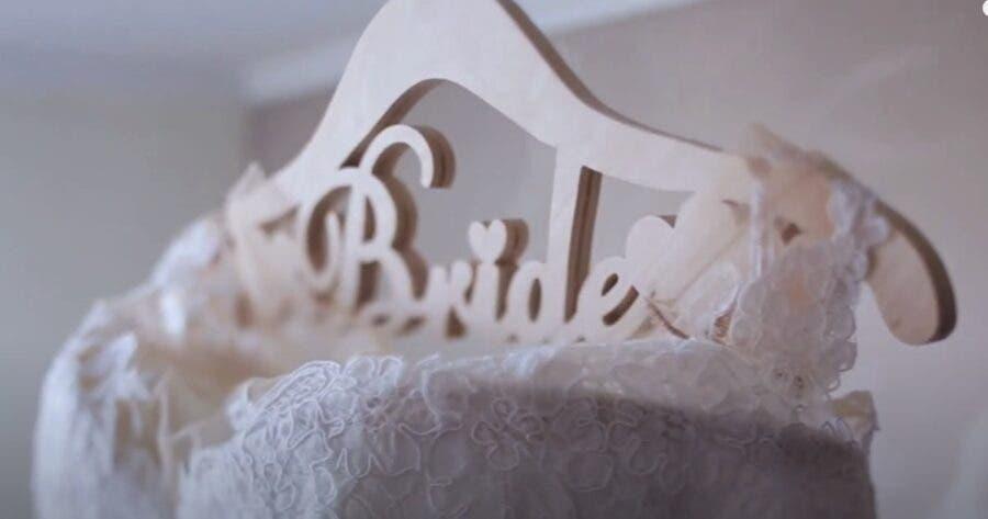 bride- wedding day blues carte blanche