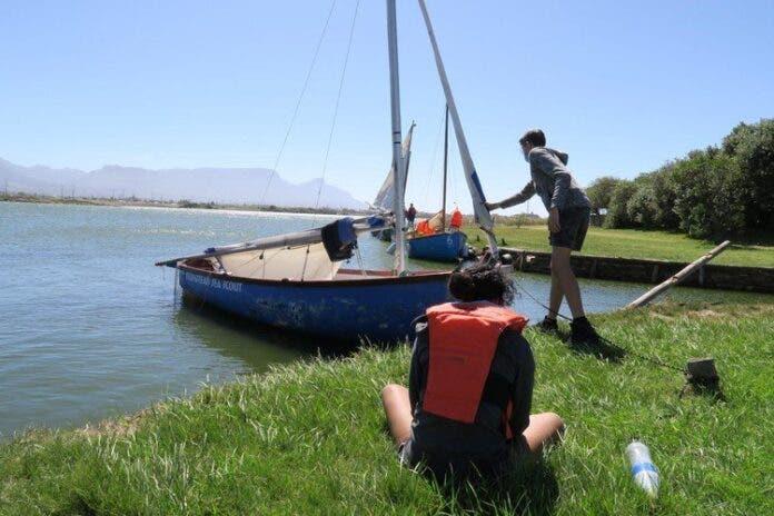Sailing on Zandvlei despite high pollution levels. Photo: Steve Kretzmann