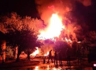 lightning strikes burns kruger chalet satara