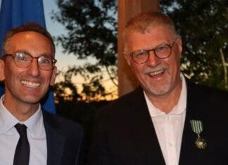 Deon Meyer receives France's top cultural award