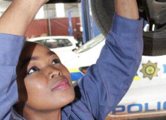 Female Mechanic Constable Thulile Gwala breaking gender stereotypes. Photo: SAPS