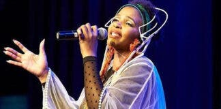 Lottery Fast-Tracked R500,000 Grant for Simphiwe Dana's Extravaganza