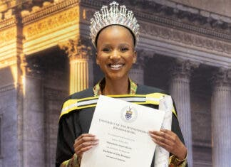 Miss South Africa 2020 Shudufhadzo Musida Graduates from Wits
