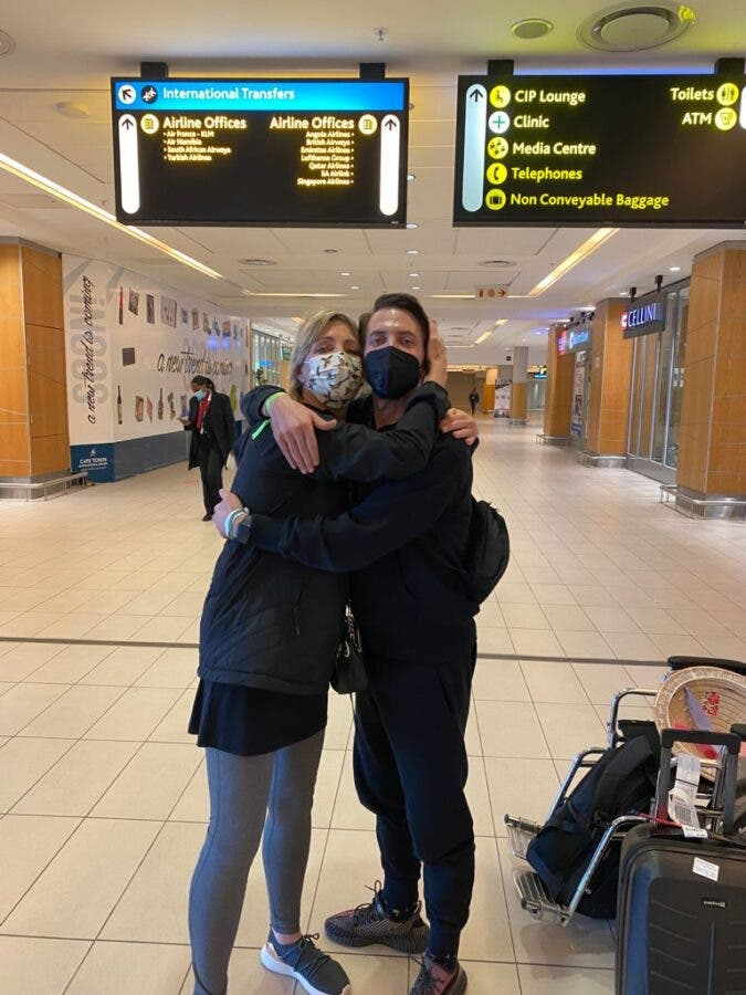 dale benson arrives in south africa