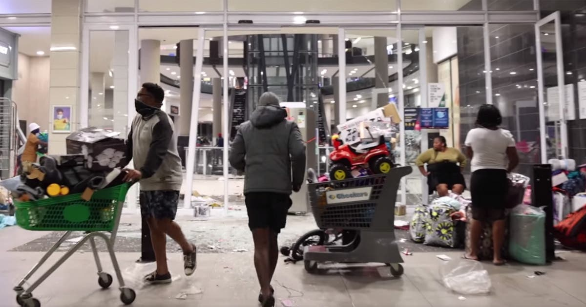 WATCH Looting at Shopping Mall in KZN, South Africa ...