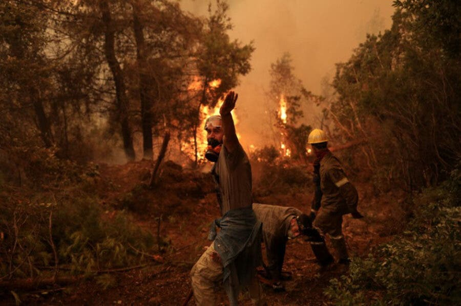 Greek wildfires August 2021