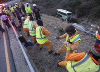 luxury-bus-coach-crash-South-Africa