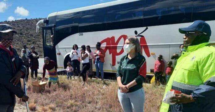Gift of the Givers Heeds Traffic Officer's Call for Help for Bus Passengers